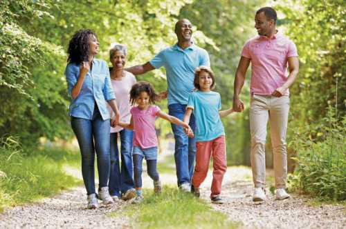 Зачем нужны семейные традиции