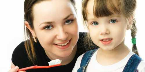 Исследование: 70% людей не умеют чистить зубы