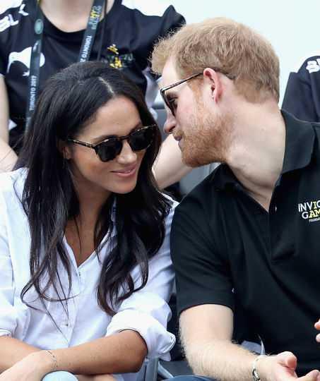 В Сеть попали фото с помолвки принца Гарри и Меган Маркл