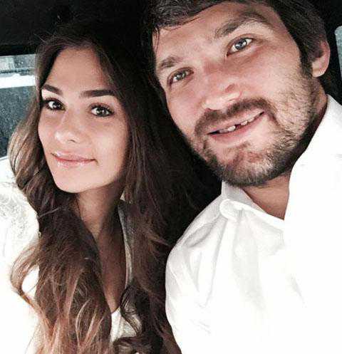 Овечкин и Шубская поженились