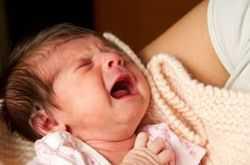 Почему ребенок не берет грудь