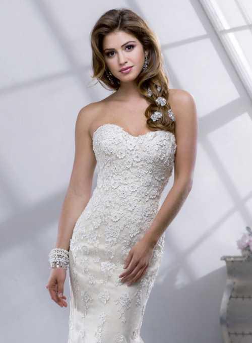 На любой вкус: 15 модных свадебных платьев весна
