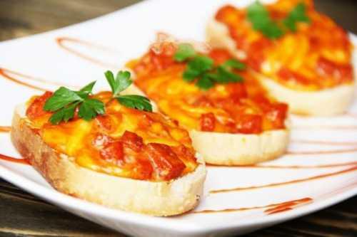 Рецепты бутербродов с колбасой, сыром и